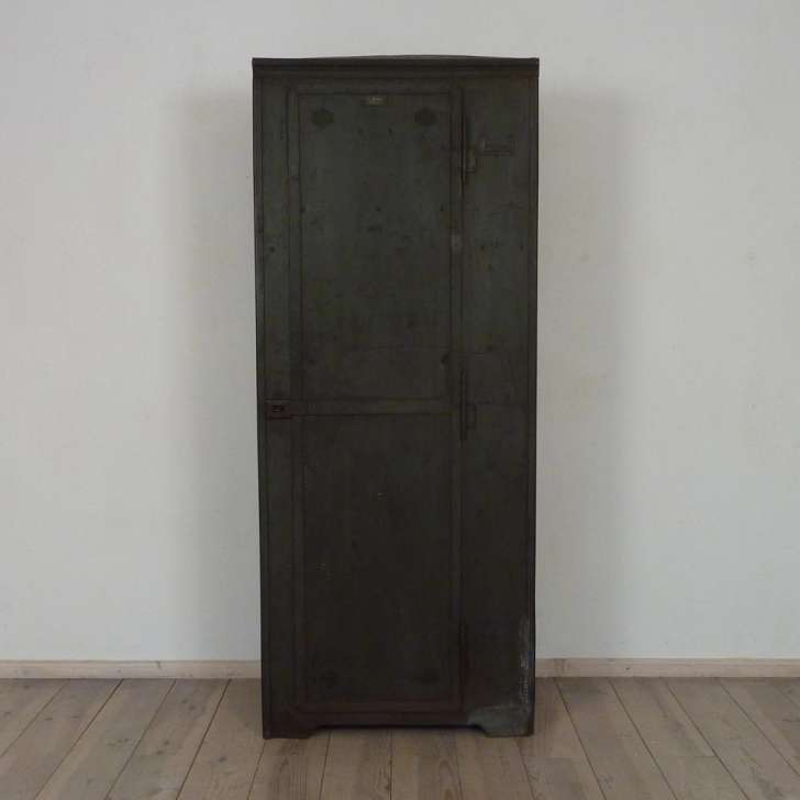 Metallschrank - Antiquitäten Berlin Antikmöbel Antike Möbel