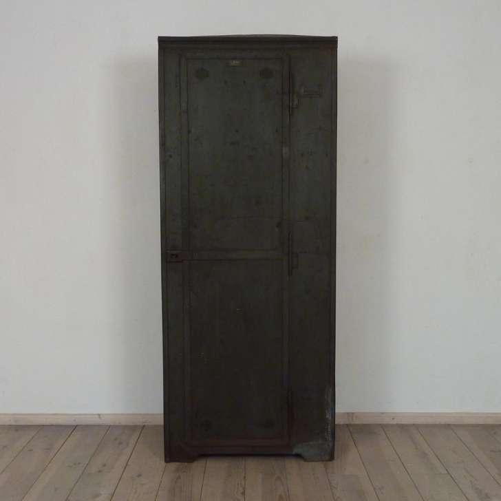 metallschrank antiquit ten berlin antikm bel antike m bel. Black Bedroom Furniture Sets. Home Design Ideas